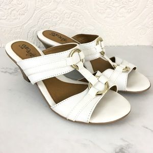 Euro Soft by Sofft white leather Remy sandals 8.5